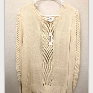 Alice Blue Stitch Fix Ivory Pullover Sweater